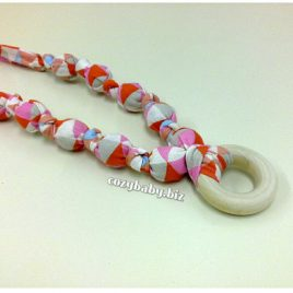 Nursing Necklace – Coral Triangle